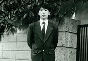 写真2:高校入学時です。高校時代は紀行本や小説を読み漁りました。
